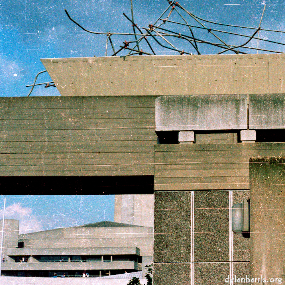 the now demolished upper walkway towards the Hayward Gallery